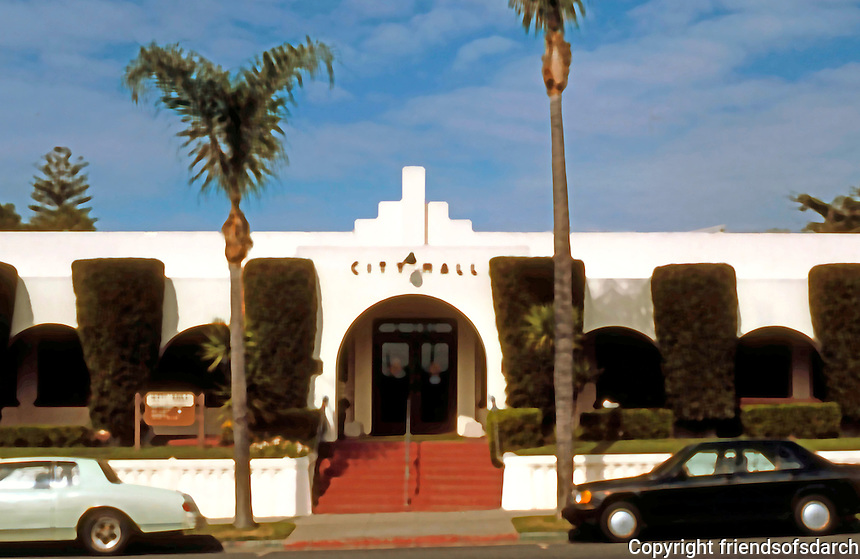 Irving Gill: Oceanside City Hall 1934. (Designed in 1929.) Only in 1986 confirmed by David Gebhardt to be Gill's. Note: zigzag moderne over entrance.  (Photo '86)