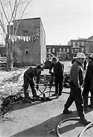 VERDUN - Travaux de voirie <br /> 18 mars 1973<br /> <br /> <br /> PHOTO :   Agence Quebec Presse - Alain Renaud