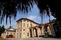 Limbiate (Milano) giugno 2015<br /> Strutture dell'ex ospedale psichiatrico di Mombello chiuso nel 1978 dopo l'entrata in vigore della Legge Basaglia.<br /> Nella foto la splendida Villa Crivelli, restaurata, ora è diventata sede dell'Istituto Agrario Luigi Castiglioni. Nel 1754 ospitò personaggi illustri come Ferdinando IV di Borbone e divenne quartier generale di Napoleone durante la campagna d'Italia.Nel 1863 venne adibita dal Comune di Milano a ospedale psichiatrico.<br /> Structures of the former psychiatric hospital Mombello closed in 1978 after the entry into force of Law Basaglia.<br /> In the picture the beautiful Villa Crivelli, restored, now has become the seat of the Agricultural Institute Luigi Castiglioni. In 1754 he hosted famous guests such as Ferdinand IV of Bourbon and became headquarters of Napoleon during the campaign Italia.Nel 1863 was used by the City of Milan to psychiatric hospital. <br /> Photo Livio Senigalliesi
