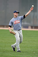 January 16, 2010:  Ethan Gold (Round Rock, TX) of the Baseball Factory Midwest Team during the 2010 Under Armour Pre-Season All-America Tournament at Kino Sports Complex in Tucson, AZ.  Photo By Mike Janes/Four Seam Images