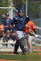 Atlanta Braves Bryan De La Rosa (24) during an instructional league game against the Houston Astros on October 1, 2015 at the Osceola County Complex in Kissimmee, Florida.  (Mike Janes/Four Seam Images)