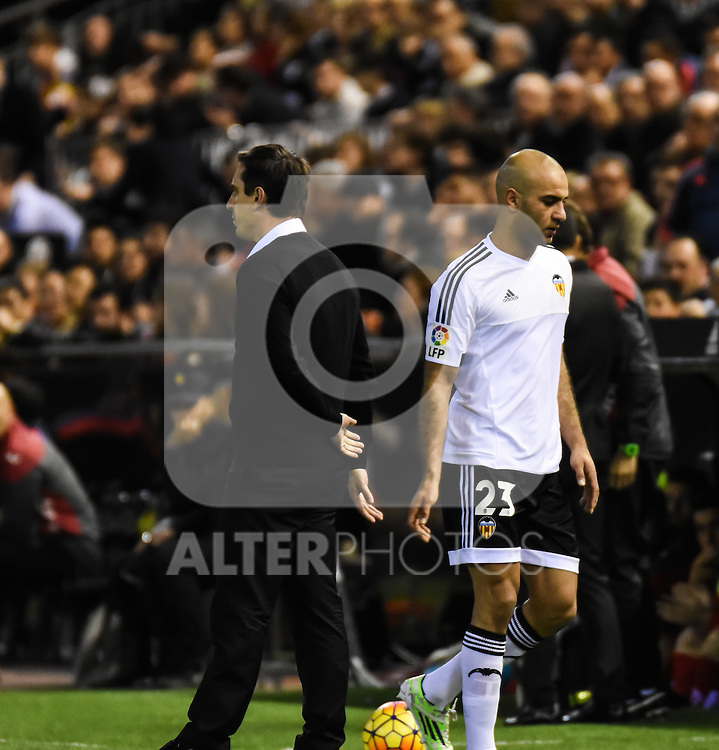 Valencia's   coach Gary Neville and Aymen Abdennour   during La Liga match. February 13, 2016. (ALTERPHOTOS/Javier Comos)