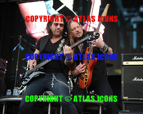 WESTON, FL - APRIL 03: Kip Winger and Reb Beach of Winger perform at Rockfest 80s held at Markham Park on April 3, 2016 in Weston, Florida. Photo by Larry Marano © 2016