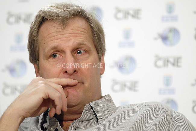 LAS PALMAS DE GRAN CANARIA, 08/03/08.- US actor Jeff Daniels poses for photographers after addressing a press conference on the occassion of his participation in the Las Palmas de Gran Canaria Film Festival, were he will be awarded with the 'Lady Harimaguada' prize in honour of his career, in Las Palmas de Gran Canaria, Canary Islands, Spain..(C) SANTA - TA