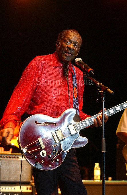 """HOLLYWOOD FL - JULY 30: Chuck Berry performs at Hard Rock Live held at the Seminole Hard Rock Hotel & Casino. Charles Edward Anderson """"Chuck"""" Berry is an American guitarist, singer and songwriter and is one of the pioneers of rock and roll music on July 30, 2005 in Hollywood, Florida<br /> <br /> People:  Chuck Berry"""