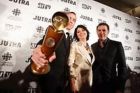 Jean-Marc Vallee , - film maker<br /> Lyne Beauchamps, Cultural Affairs Minister, Quebec and<br />  Pierre Leven,producer.<br /> <br /> Jutras for the most succesfull film outside Quebec : CRAZY<br /> <br /> Jutras du film s'étant le mieux illustré hors Québec pour CRAZY<br /> <br /> photo : Pierre Roussel (c)  Images Distribution
