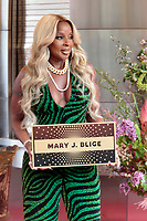 MAY 28 Mary J. Blige inducted into Apollo Theater Walk of Fame