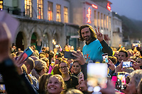 BNPS.co.uk (01202 558833)<br /> Pic: MaxWillcock/BNPS<br /> <br /> Pictured: Joe Wicks poses for pictures before the run.<br /> <br /> Hundreds of runners responded to an Instagram invitation to join the nation's favourite PE teacher Joe Wicks on an early morning 5km run from Bournemouth Pier to Boscombe Pier and back.<br /> <br /> Avid fans of The Body Coach had to wake up at the crack of dawn to meet Joe Wicks at 7am for the run down the promenade.