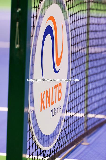 December 20, 2014, Rotterdam, Topsport Centrum, Lotto NK Tennis, Woman's KNLTB logo in net<br /> Photo: Tennisimages/Henk Koster
