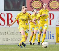 1/2 Halve finale Beker van Belgie ; Waasland Beveren Sinaai Girls - Standard Femina de Liege : Lim De Vetter aan de bal.foto DAVID CATRY / Vrouwenteam.be