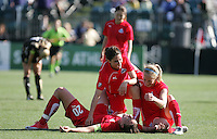 Abby Wambach (20) and teammates. Washington Freedom defeated FC Gold Pride 4-3 at Buck Shaw Stadium in Santa Clara, California on April 26, 2009.