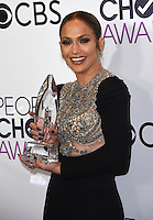 Jennifer Lopez @ the 2017 People's Choice awards held @ the Microsoft theatre.<br /> January 18, 2017. Los Angeles, USA. # PEOPLE'S CHOICE AWARDS 2017 - PRESSROOM