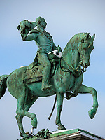 Denkmal  Guillaume II auf Place Guillaume II, Luxemburg-City, Luxemburg, Europa, UNESCO-Weltkulturerbe<br /> Monument Guillaume II at Place Guillaume II, Luxembourg City, Europe, UNESCO Heritage