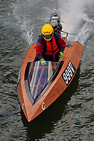 999-V    (Outboard Runabout)