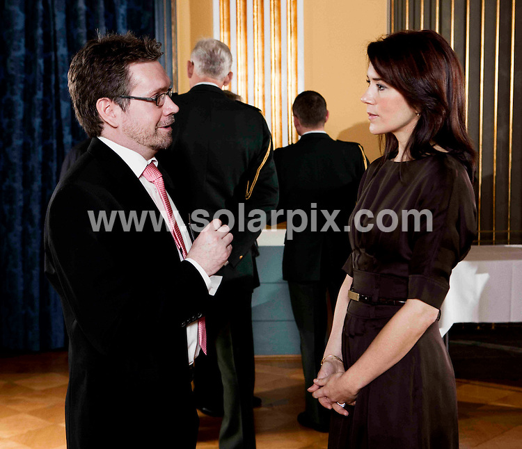 **ALL ROUND PICTURES FROM SOLARPIX.COM**.**SYNDICATION RIGHTS FOR UK AND SPAIN ONLY**.Crown Princess Mary at a reception for her patronages, in Chr VIII's Palae at Amalienborg Palace in Copenhagen.JOB REF:    8246    CPR        DATE: 15.01.09.**MUST CREDIT SOLARPIX.COM OR DOUBLE FEE WILL BE CHARGED* *UNDER NO CIRCUMSTANCES IS THIS IMAGE TO BE REPRODUCED FOR ANY ONLINE EDITION WITHOUT PRIOR PERMISSION*