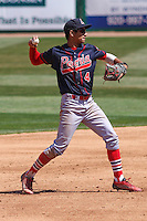 Peoria Chiefs shortstop Oscar Mercado (4) throws to first during a game against the Wisconsin Timber Rattlers on April 25th, 2015 at Fox Cities Stadium in Appleton, Wisconsin.  Wisconsin defeated Peoria 2-0.  (Brad Krause/Four Seam Images)