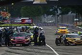 #86 Meyer Shank Racing w/ Curb-Agajanian Acura NSX GT3, GTD: Mario Farnbacher, Trent Hindman, Pit Stop
