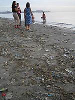 Manila bay<br /> photo : (c) images Distribution