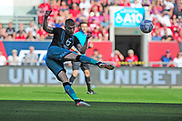 Jay Fulton of Swansea City has a shot during the Sky Bet Championship match between Bristol City and Swansea City at Ashton Gate in Bristol, England, UK. Saturday 21 September 2019