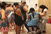 Rio de Janeiro (RJ), 15/02/2020 - Comeca neste sabado (15) a campanha de vacinacao contra o sarampo no Rio de Janeiro. Movimentacao na Clinica da Familia Ana Maria Conceicao dos Santos Correia da Vila kosmos e o Carioca Shopping na zona norte comecaram a vacinar os moradores do bairro Vila da Penha Vila Komos e Vicente de Carvalho. (Foto: Celso Barbosa/Codigo 19/Codigo 19)