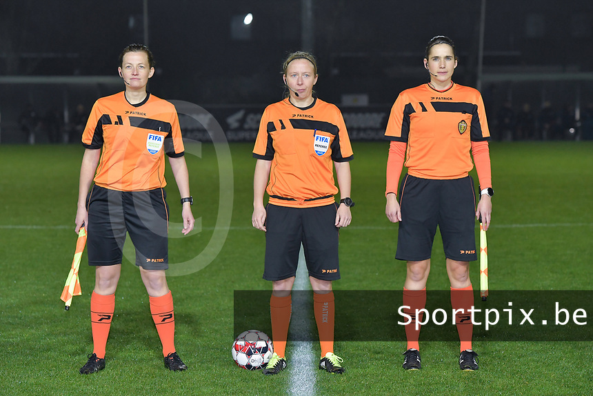 referee Lois Otte (M) with her assistant referees Joline Delcroix (L) and Caroline Lanssens (R) pictured during a female soccer game between  AA Gent Ladies and Oud Heverlee Leuven on the 9th matchday of the 2020 - 2021 season of Belgian Scooore Womens Super League , friday 11 th of December 2020  in Oostakker , Belgium . PHOTO SPORTPIX.BE | SPP | DIRK VUYLSTEKE