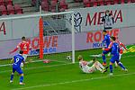 Fussball-Bundesliga - Saison 2020/2021<br /> Opel-Arena Mainz - 7.11.2020<br /> 1. FSV Mainz 05 (mz) - Schalke 04 (s04) 2:2<br /> Das 2:2 ist unterwegs, Torwart Robin ZENTNER (1. FSV Mainz 05) am Boden<br /> <br /> Foto © PIX-Sportfotos *** Foto ist honorarpflichtig! *** Auf Anfrage in hoeherer Qualitaet/Aufloesung. Belegexemplar erbeten. Veroeffentlichung ausschliesslich fuer journalistisch-publizistische Zwecke. For editorial use only. DFL regulations prohibit any use of photographs as image sequences and/or quasi-video.