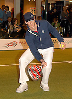 23-2-07,Tennis,Netherlands,Rotterdam,ABNAMROWTT, padelbal met Sjeng Schalken