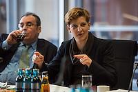 Pressegespraech zum NSU-Untersuchungsausschuss II des Deutschen Bundestag.<br /> Am Mittwoch den 17. Februar 2016 luden die stellvertretende Ausschussvorsitzende Susann Ruethrich (SPD) (im Bild) und der Obmann der SPD-Bundestagsfraktion Uli Groetsch zu einem Pressegespraech ueber das weitere Vorgehn im Ausschuss und geplante Zeugenvernehmungen.<br /> 17.2.2016, Berlin<br /> Copyright: Christian-Ditsch.de<br /> [Inhaltsveraendernde Manipulation des Fotos nur nach ausdruecklicher Genehmigung des Fotografen. Vereinbarungen ueber Abtretung von Persoenlichkeitsrechten/Model Release der abgebildeten Person/Personen liegen nicht vor. NO MODEL RELEASE! Nur fuer Redaktionelle Zwecke. Don't publish without copyright Christian-Ditsch.de, Veroeffentlichung nur mit Fotografennennung, sowie gegen Honorar, MwSt. und Beleg. Konto: I N G - D i B a, IBAN DE58500105175400192269, BIC INGDDEFFXXX, Kontakt: post@christian-ditsch.de<br /> Bei der Bearbeitung der Dateiinformationen darf die Urheberkennzeichnung in den EXIF- und  IPTC-Daten nicht entfernt werden, diese sind in digitalen Medien nach §95c UrhG rechtlich geschuetzt. Der Urhebervermerk wird gemaess §13 UrhG verlangt.]