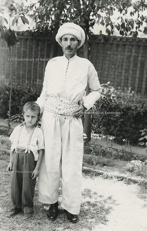 Iraq 1959.Bagdad: Sheikh Ahmed with Emad , son of Sheikh Osman
