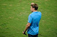 PORTO ALEGRE, RS, 22.04.2021 - GREMIO - LA EQUIDAD – O técnico Thiago Gomes, da equipe do Grêmio, na partida entre Grêmio e La Equidad, pela primeira rodada da Copa Sul Americana, no estádio Arena do Grêmio, em Porto Alegre, nesta quinta-feira (22).