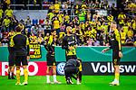 09.08.2019, Merkur Spiel-Arena, Düsseldorf, GER, DFB Pokal, 1. Hauptrunde, KFC Uerdingen vs Borussia Dortmund , DFB REGULATIONS PROHIBIT ANY USE OF PHOTOGRAPHS AS IMAGE SEQUENCES AND/OR QUASI-VIDEO<br /> <br /> im Bild | picture shows:<br /> die Reservisten des BVB waermen sich auf, (vl) Mahmoud Dahoud (Borussia Dortmund #8), Oemer Toprak (Borussia Dortmund #36) und Marius Wolf (Borussia Dortmund #27), <br /> <br /> Foto © nordphoto / Rauch