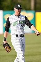 April 28, 2007:  Greg Dowling of the Kane County Cougars at Elfstrom Stadium in Geneva, IL  Photo by:  Chris Proctor/Four Seam Images