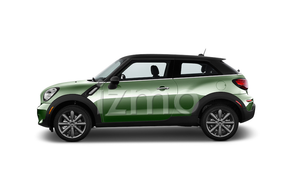 Car Driver side profile view of a 2015 MINI Paceman Cooper 3 Door Hatchback Side View