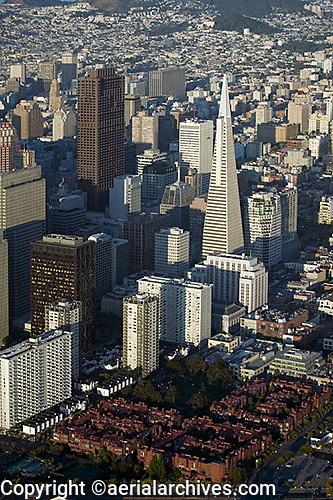 aerial photograph Sydney Walton Square, One Martime Plaza, Transamerica Pyramid skyscrapers San Francisco