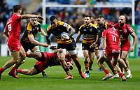 Photo: Richard Lane/Richard Lane Photography. Wasps v Toulouse.  European Rugby Champions Cup. 08/12/2018. Wasps' Nathan Hughes attacks.