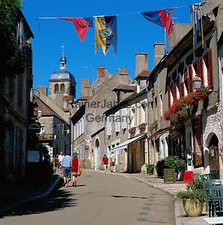 France, Burgundy, Département Yonne, Vézelay: Old Town lane   Frankreich, Burgund, Département Yonne, Vézelay: Altstadtgasse