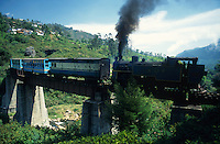 INDIA Nilgiri, NMR Nilgiri mountain railway, an old passenger rack steam train, travelling to hill station Udhagamandalam or Ooty in Nigiris Mountains, the train is an UNESCO world heritage / INDIEN Nilgiris, alte Zahnrad-Dampfbahn, die historische Bahn zaehlt zum Welterbe der UNESCO