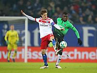 04.02.2018, Football 1. Bundesliga 2017/2018, 21.  match day, Hamburger SV - Hannover 96, Volksparkstadium Hamburg.  Goutoku Sakai (Hamburg)  -  Ihlas Bebou (Hannover)  *** Local Caption *** © pixathlon<br /> <br /> +++ NED + SUI out !!! +++