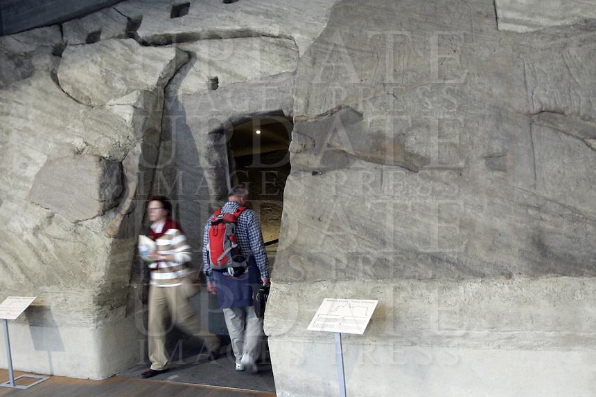 L'entrata del Tempio rupestre di Ellesija, all'interno del Museo Egizio di Torino.<br /> The entrance of the rocky Temple of Ellesija, in the Egyptian Museum of Turin.<br /> UPDATE IMAGES PRESS/Riccardo De Luca