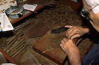 Zigarrendreher in Santa Cruz, La Palma, Kanarische Inseln, Spanien