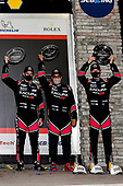 #60: Meyer Shank Racing w/Curb-Agajanian Acura DPi, DPi: Olivier Pla, Dane Cameron, Juan Pablo Montoya, podium
