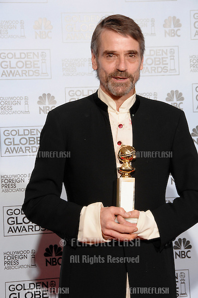 JEREMY IRONS at the 64th Annual Golden Globe Awards at the Beverly Hilton Hotel..January 15, 2007 Beverly Hills, CA.Picture: Paul Smith / Featureflash
