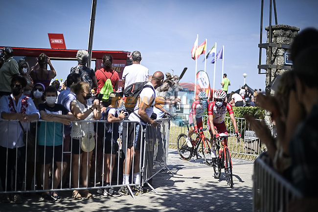 Cofidis arrive at sign on before the start of Stage 16 of La Vuelta d'Espana 2021, running 180km from Laredo to Santa Cruz de Bezana, Spain. 31st August 2021.     <br /> Picture: Charly Lopez/Unipublic | Cyclefile<br /> <br /> All photos usage must carry mandatory copyright credit (© Cyclefile | Unipublic/Charly Lopez)