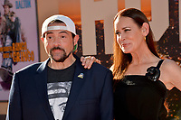 """LOS ANGELES, USA. July 23, 2019: Kevin Smith & Jennifer Schwalbach Smith at the premiere of """"Once Upon A Time In Hollywood"""" at the TCL Chinese Theatre.<br /> Picture: Paul Smith/Featureflash"""