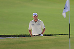 Dubai World Championship Golf. Earth Course,.Jumeirah Golf Estate, Dubai, U.A.E...Padraig Harrington lines up his third shot from the bunker on the 3rd during the second round of the Dubai World Golf championship..Photo: Fran Caffrey/www.golffile.ie...