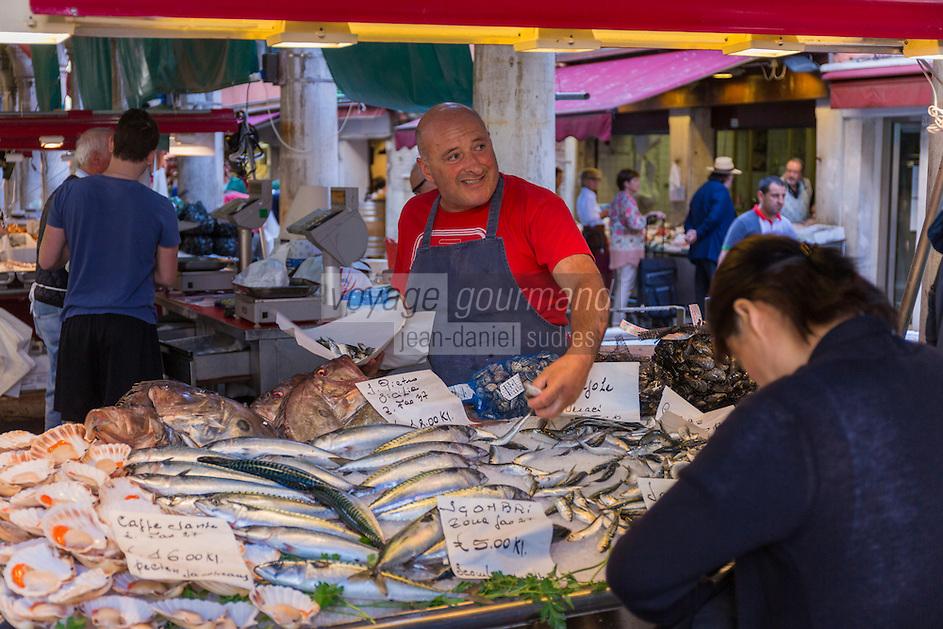 Italie, Vénétie, Venise:  Marché du Rialto, sestiere de San Polo -  La Pescheria , marché aux poissons  // Italy, Veneto, Venice:  Rialto market, San Polo sestiere