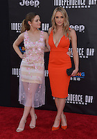 Joey King + Hunter King @ the premiere of 'Independence Day: Resurgence' held @ the Chinese theatre.<br /> June 20, 2016.