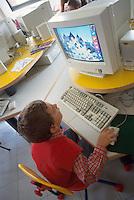 - course of computer science for children of the elementary schools ....- corso di informatica per bambini delle scuole elementari