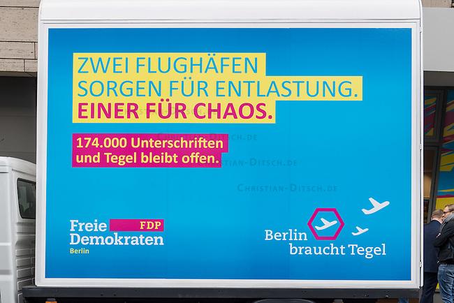 """FDP-Berlin stellt 2. Phase des Volksbegehrens """"BERLIN BRAUCHT TEGEL"""" vor.<br /> Im Wahlkampf zur Berliner  Abgeordnetenhauswahl 2016 warb die FDP damit, dass sie den innerstaedtischen Flughafen Berlin-Tegel (TXL) offen halten will. Fuer dieses Vorhaben will die Partei bis Maerz 2017 174.000 Unterschriften fuer ein berlinweites Volksbegehren sammeln.<br /> Der Berliner Fraktionsvorsitzende Sebastian Czaja stellte am Montag den 21. November 2016 die Kampagne vor.<br /> 21.11.2016, Berlin<br /> Copyright: Christian-Ditsch.de<br /> [Inhaltsveraendernde Manipulation des Fotos nur nach ausdruecklicher Genehmigung des Fotografen. Vereinbarungen ueber Abtretung von Persoenlichkeitsrechten/Model Release der abgebildeten Person/Personen liegen nicht vor. NO MODEL RELEASE! Nur fuer Redaktionelle Zwecke. Don't publish without copyright Christian-Ditsch.de, Veroeffentlichung nur mit Fotografennennung, sowie gegen Honorar, MwSt. und Beleg. Konto: I N G - D i B a, IBAN DE58500105175400192269, BIC INGDDEFFXXX, Kontakt: post@christian-ditsch.de<br /> Bei der Bearbeitung der Dateiinformationen darf die Urheberkennzeichnung in den EXIF- und  IPTC-Daten nicht entfernt werden, diese sind in digitalen Medien nach §95c UrhG rechtlich geschuetzt. Der Urhebervermerk wird gemaess §13 UrhG verlangt.]"""