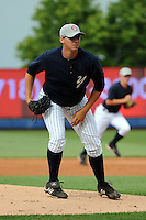 Staten Island Yankees pitcher Sam Elam (39) during first team workout at Richmond County Bank Ballpark at St. George in Staten Island, NY June 15, 2010.  Photo By Tomasso DeRosa/ Four Seam Images
